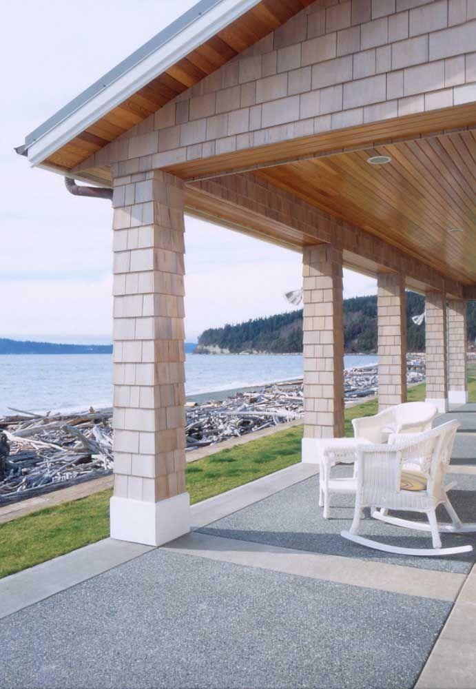 Casas de praia ficam lindas com o piso Fulget que pode ser aplicado tanto nas áreas externas, quanto nas internas