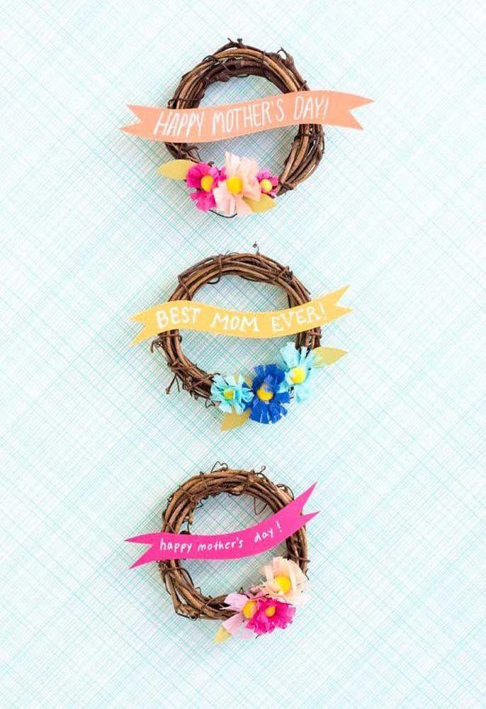 Coroas rústicas de flores: lembrancinha de dia das mães decorativa