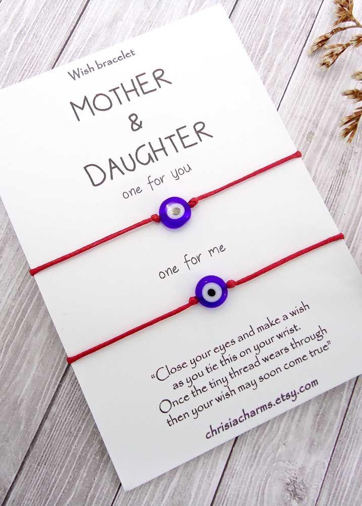 Uma pulseira mágica e especial para ser usada entre mãe e filha