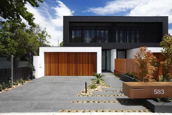 Fulget cinza para a entrada da residência moderna