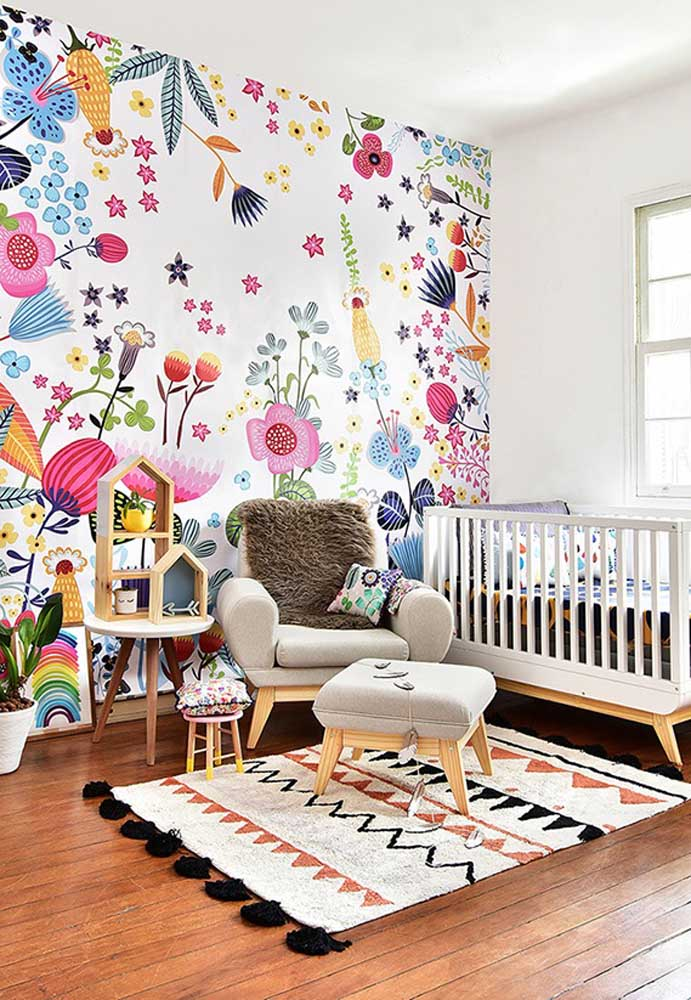 Se você quer deixar o ambiente mais animado e cheio de vida, nada melhor do que apostar em papel de parede com desenhos coloridos. O resultado é incrível!