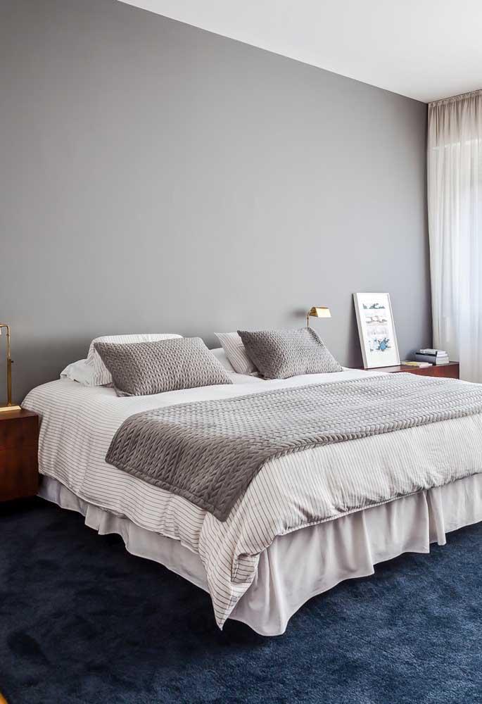 Olha que luxo esse quarto cinza e azul. Combinação perfeita né?