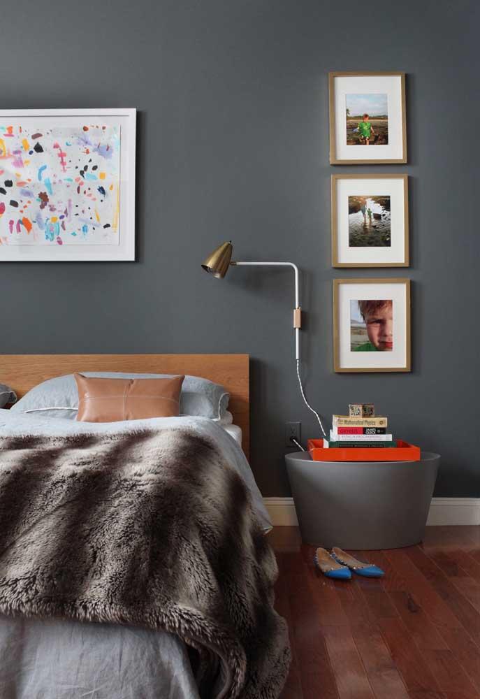 Faça uma combinação da cor cinza com móveis de madeira e você não vai se arrepender.