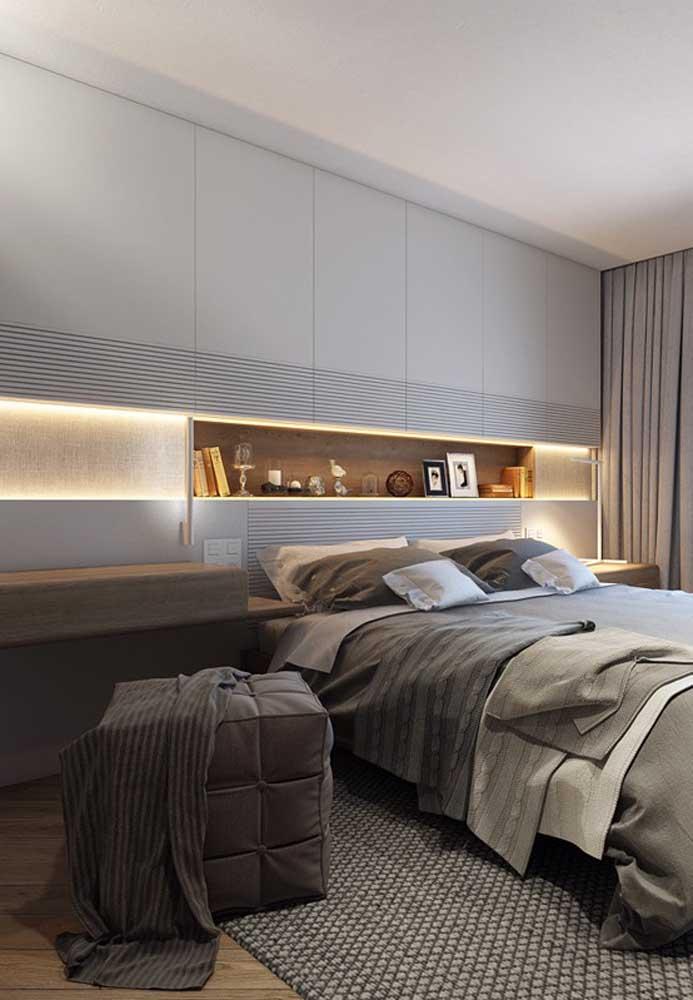 Já no quarto do casal você pode fazer combinações de tons para deixar o ambiente mais aconchegante.
