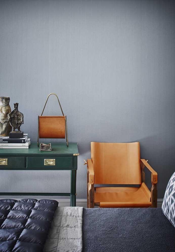 Alguns móveis podem fazer uma enorme diferença na decoração do seu quarto cinza.