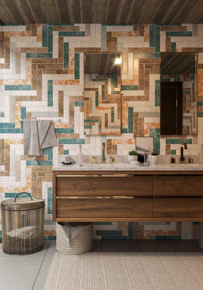 E que tal esse revestimento todo colorido e levemente rústico para completar o projeto do banheiro de luxo?