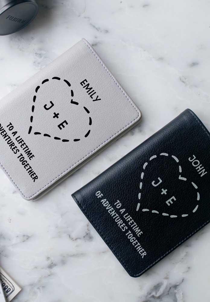 Porta passaportes são ótimas opções de presentes para todas as ocasiões