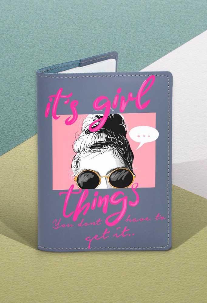 Porta passaporte para meninas feito em corino