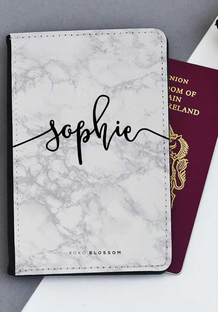 Opção de porta passaporte personalizado com nome e em couro marmorizado