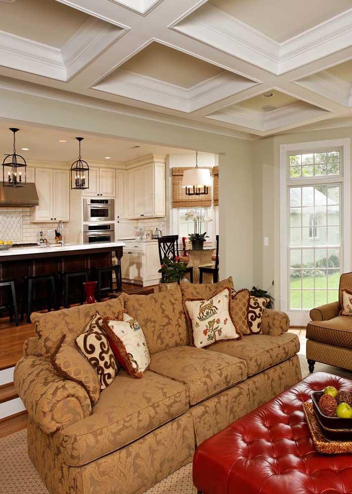Decorações clássicas aceitam muito bem sofás em jacquard