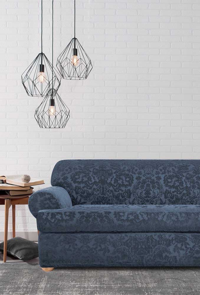 Ambientes minimalistas e modernos também podem se beneficiar com os sofás em jacquard