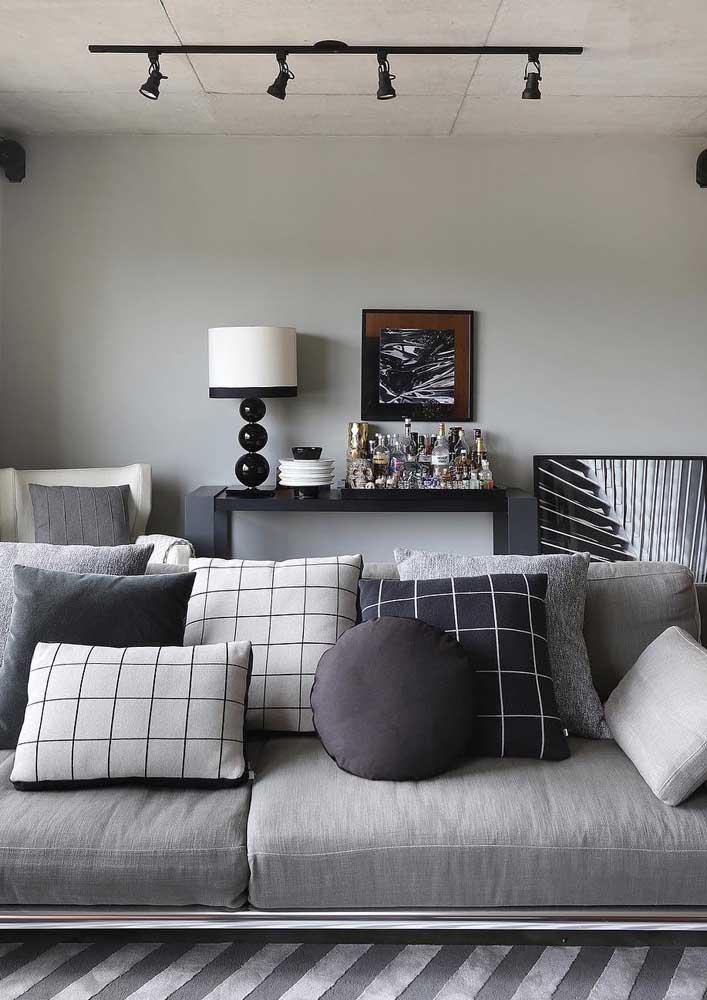 Sofá de sarja cinza para a decoração moderna