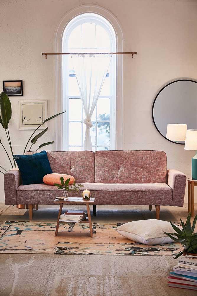 Um charme esse sofá de tweed cor de rosa