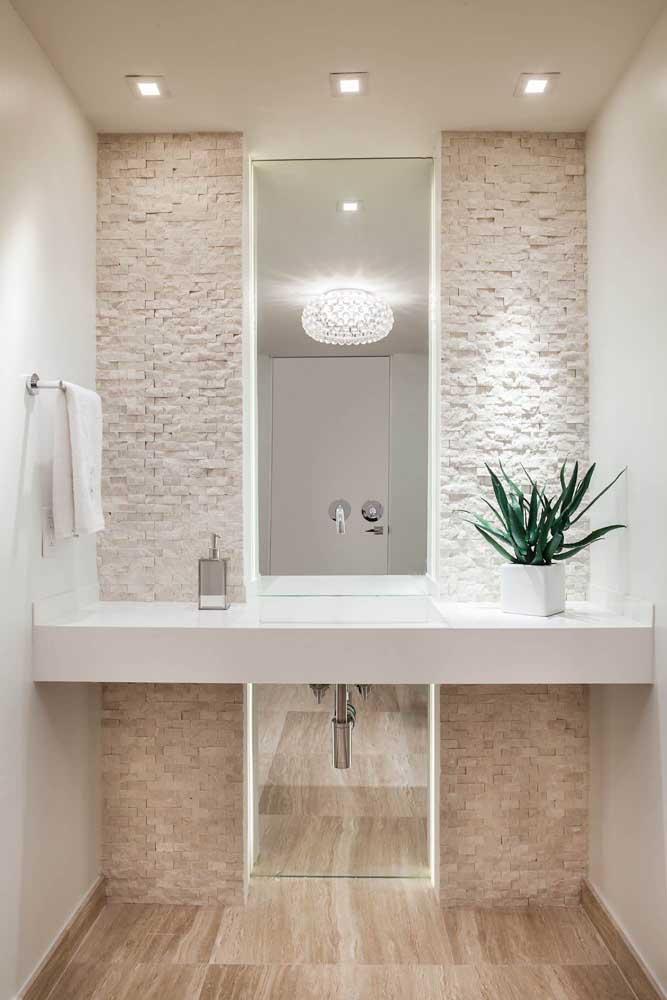 Mais uma inspiração de banheiro em canjiquinha: elegância e rusticidade na medida