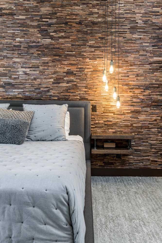 Uma ideia pouco explorada, mas que vale a pena considerar: canjiquinha na parede do quarto