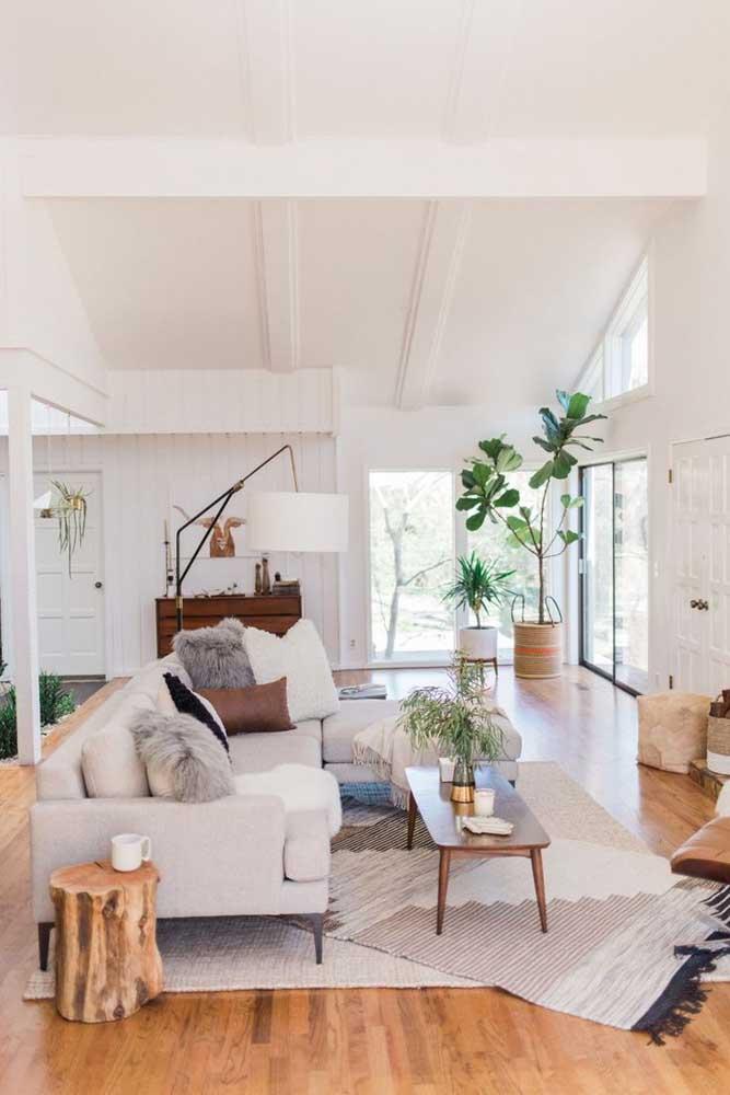 Tapete sobre tapete: uma saída divertida e moderna para uma peça clássica da decoração