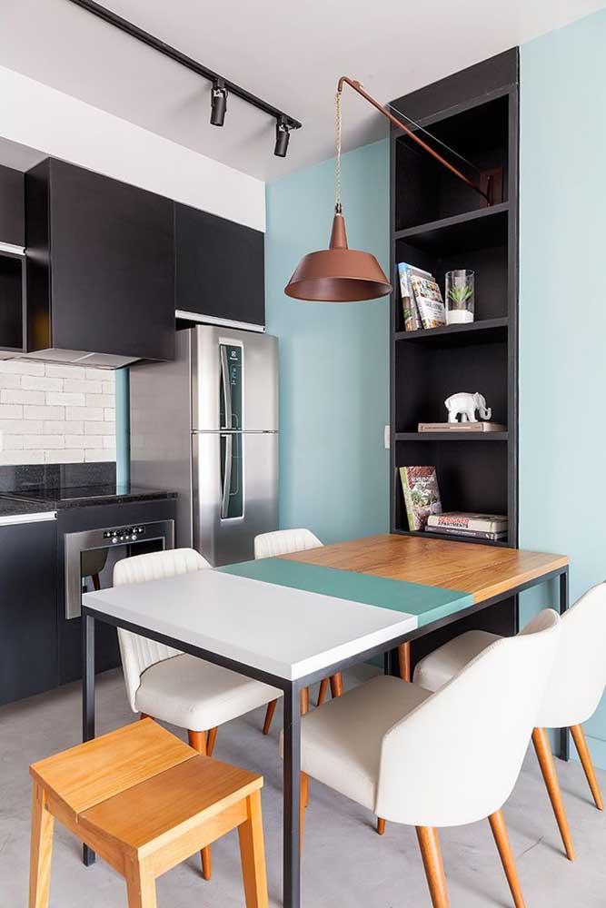 Mesa de parede extensível em três cores: bonita e funcional