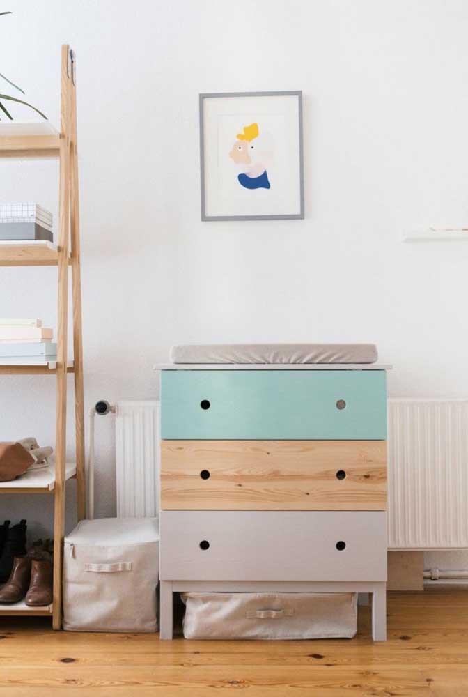 Uma cômoda do tamanho das necessidades do bebê