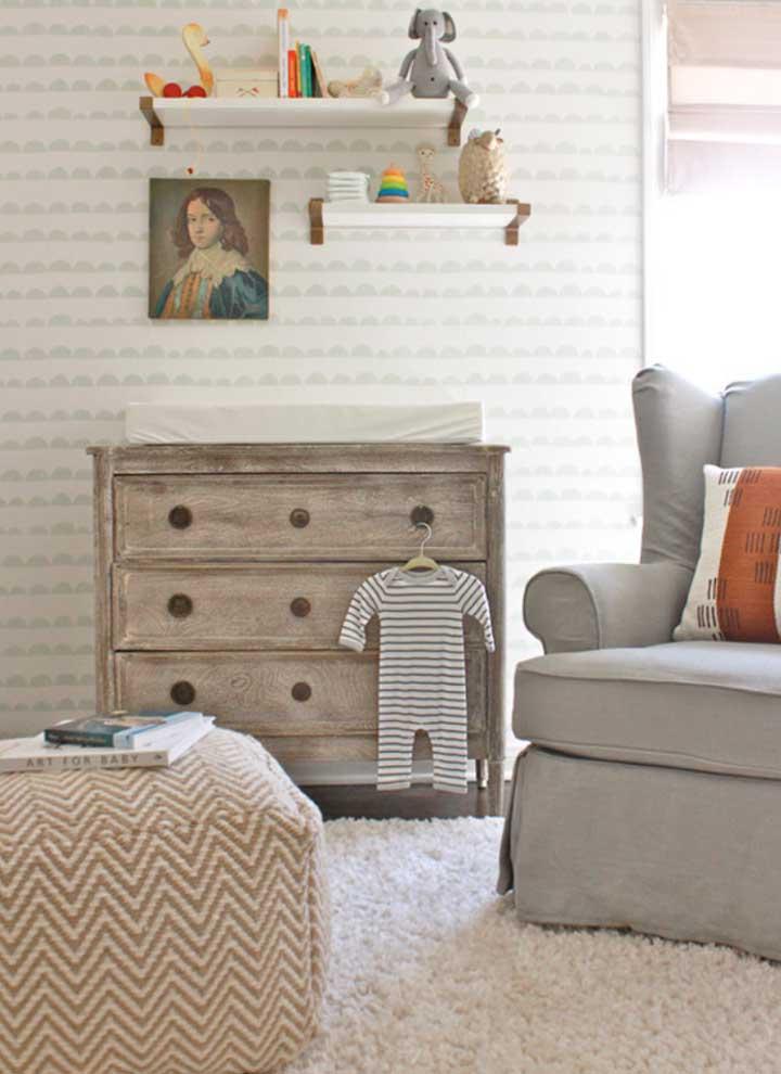 Cômoda para quarto de bebê em madeira: rusticidade e aconchego