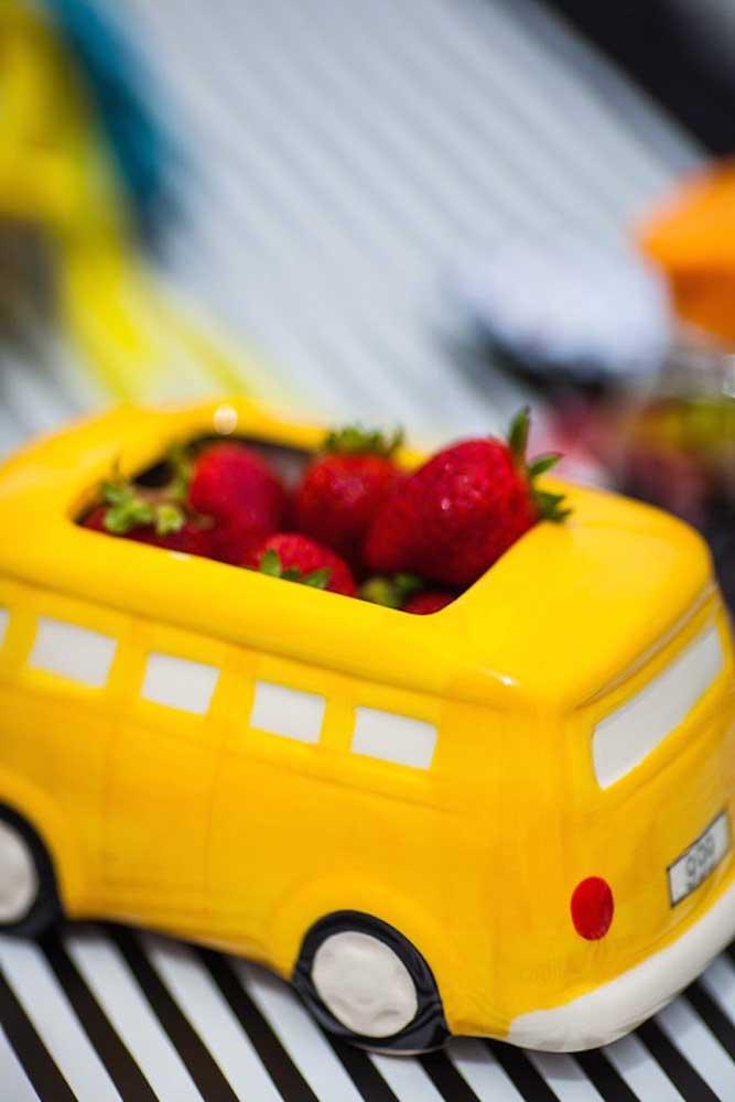Kombi recheada de morangos: ideia criativa e saborosa