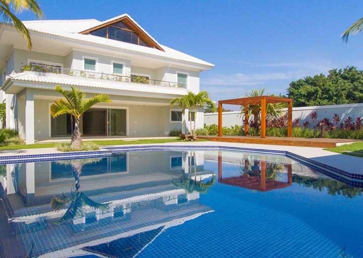 Casa da Anitta: veja a mansão da cantora na Barra da Tijuca