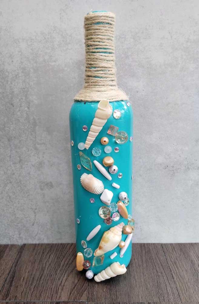 Do fundo do mar! Inspiração marítima para essa garrafa decorada