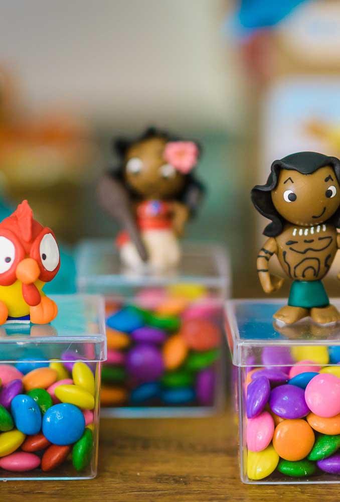 Que tal comprar uns bonequinhos dos personagens da Moana?
