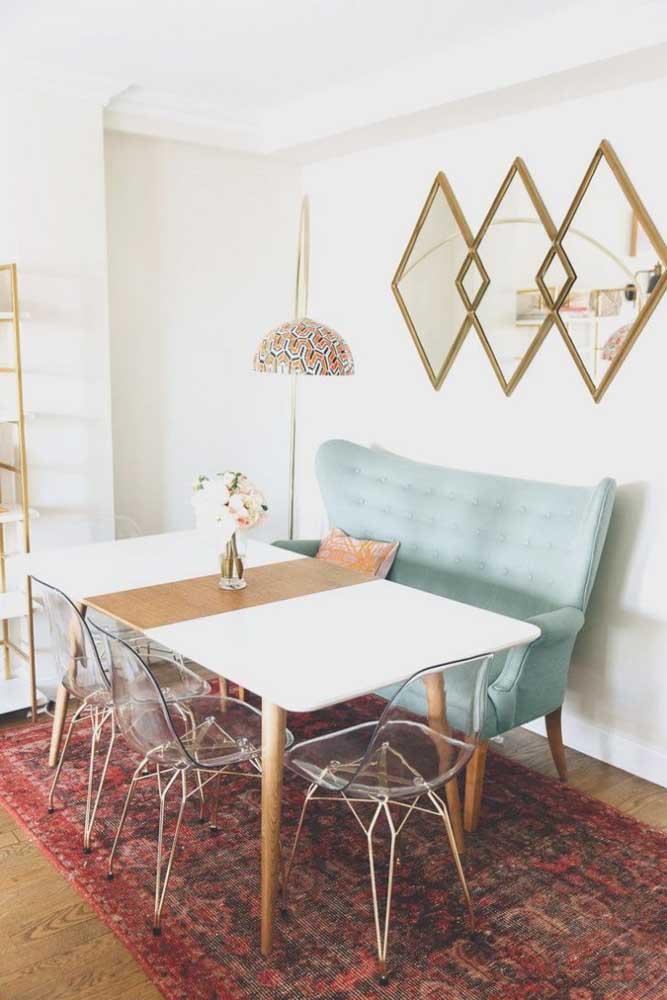 Namoradeira na sala de jantar: troque as cadeiras pelo móvel