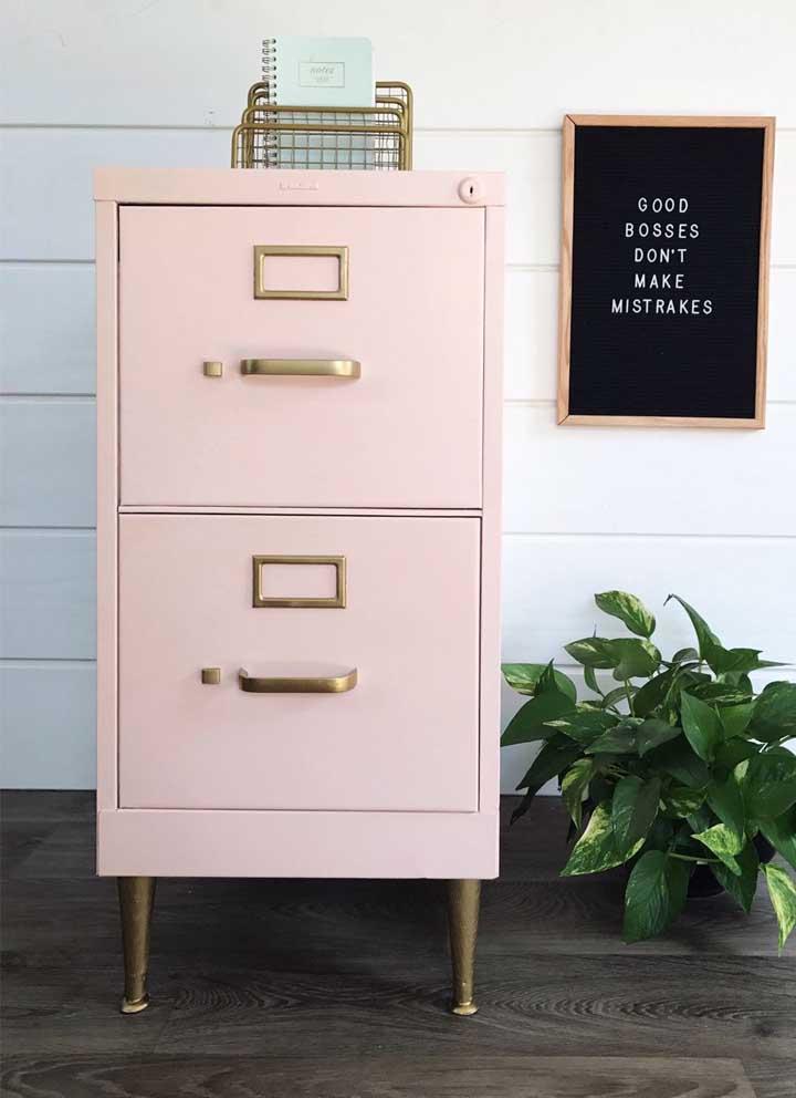 Armário de arquivo para escritório no estilo vintage