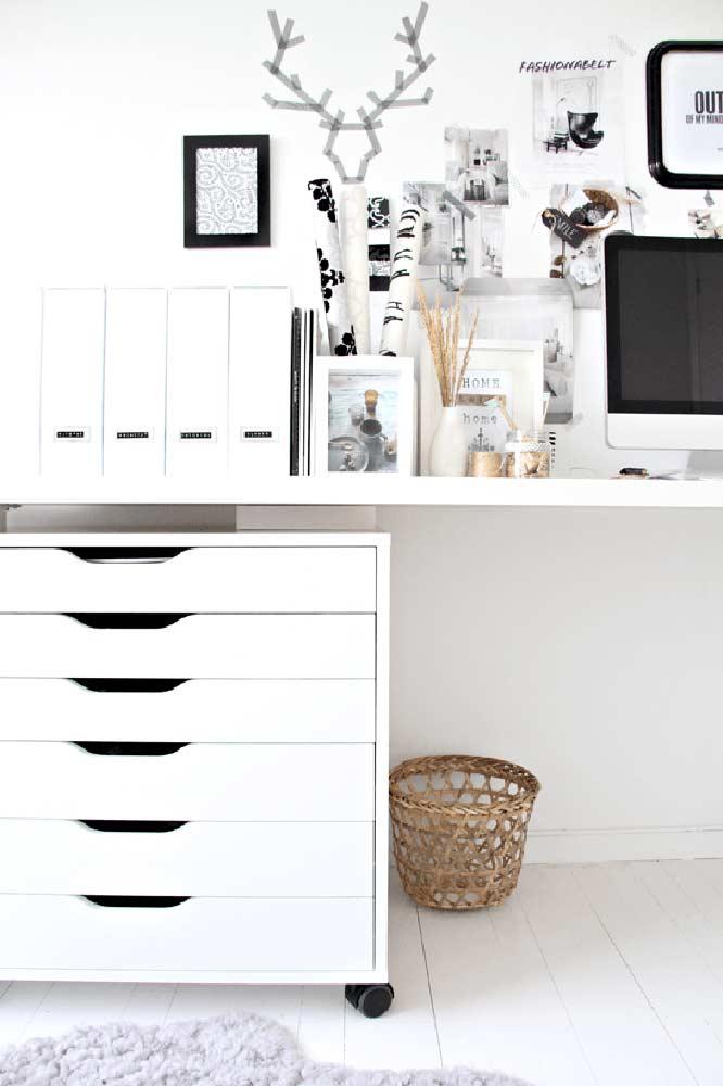 Gaveteiro funcional para o escritório branco; ótima opção para home offices