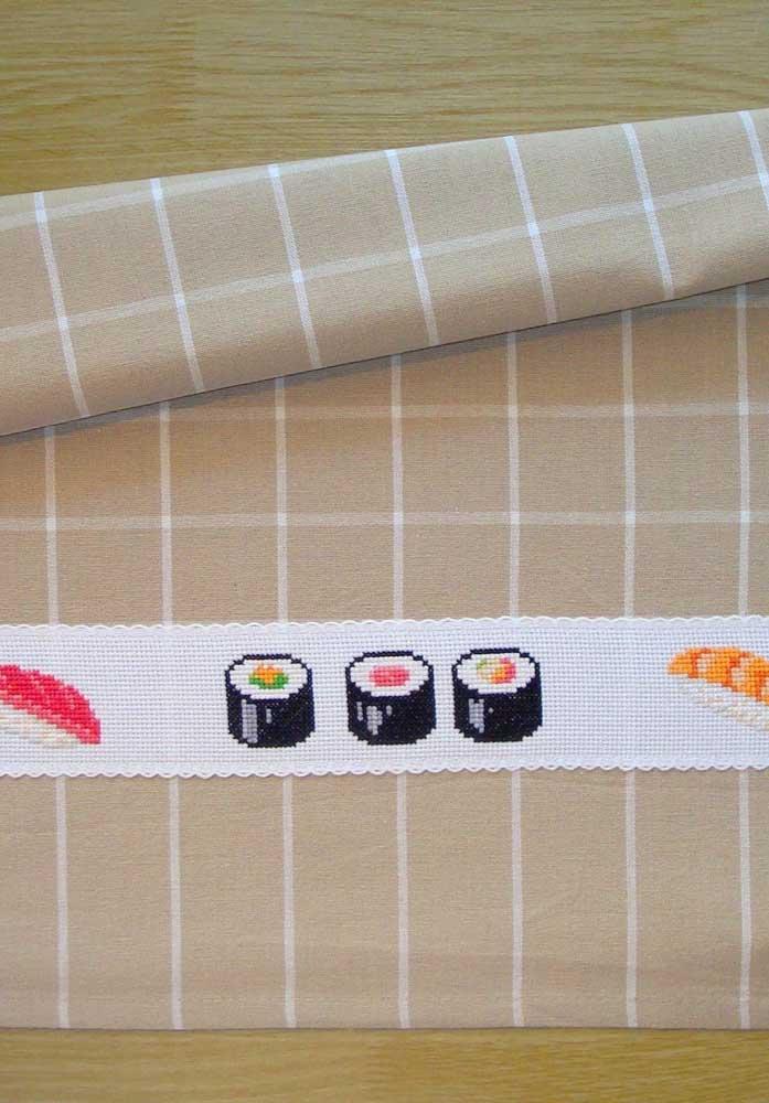 Um bordado de pano de prato dedicado aos amantes da culinária japonesa
