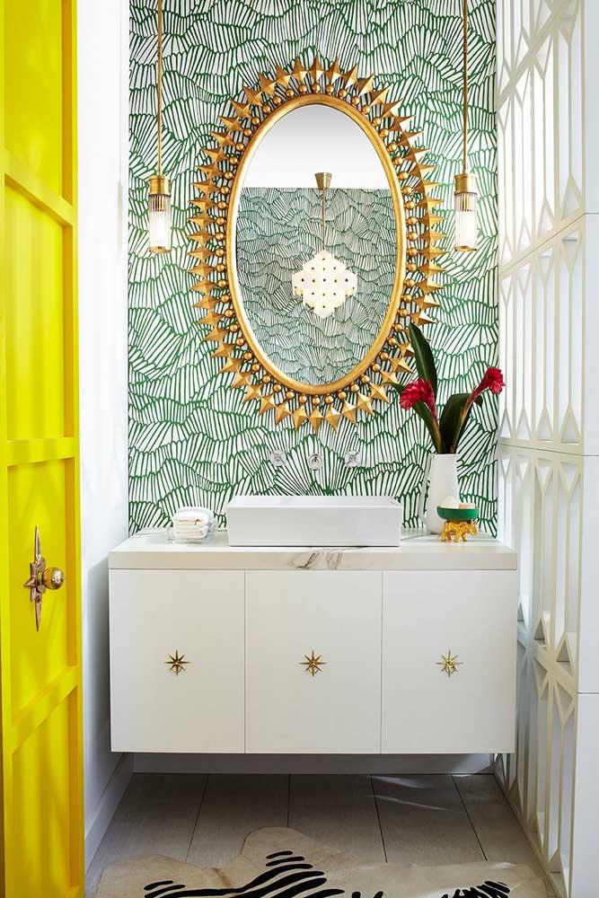 Colorido, alegre e cheio de vida; o papel de parede tem tudo a ver com isso