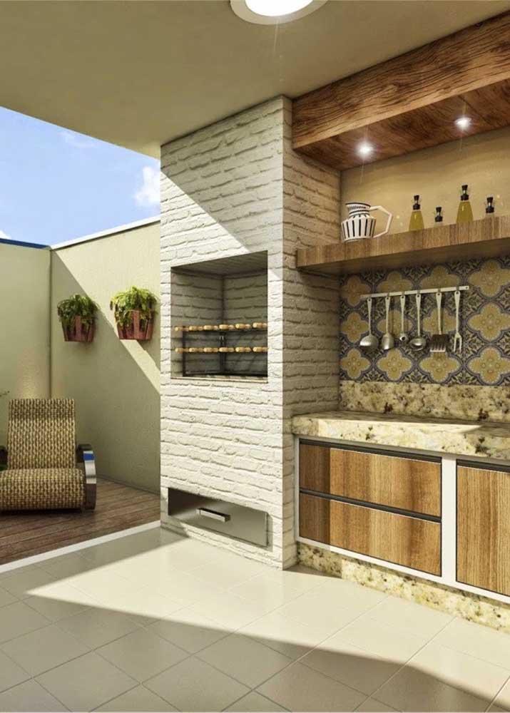 Churrasqueira de tijolo na varanda