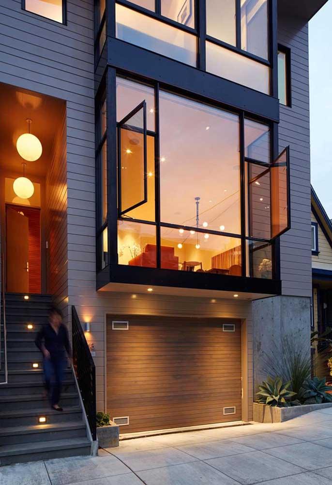 Para quem busca um modelo diferenciado e original de Bay Window, essa da imagem é uma inspiração