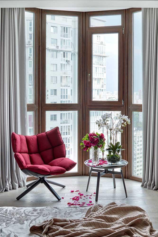 Bay Window com moldura de madeira: charme, elegância e sobriedade para a decoração