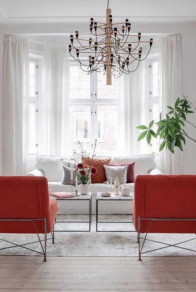 Note como a Bay Window reforça a luminosidade dos ambientes, deixando tudo mais clean