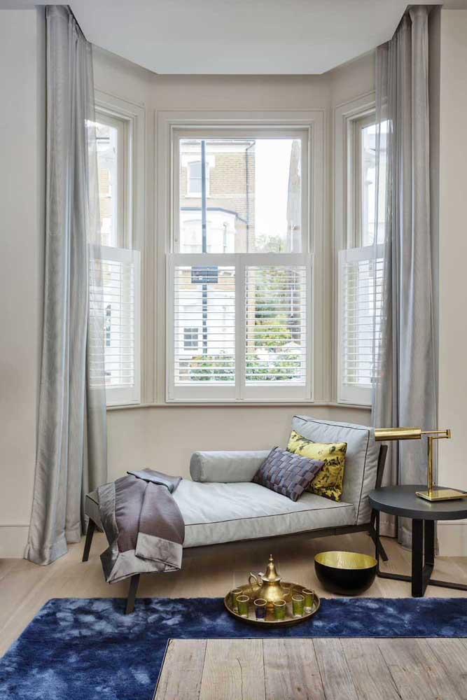 Divã na Bay Window: elegância e conforto no mesmo espaço