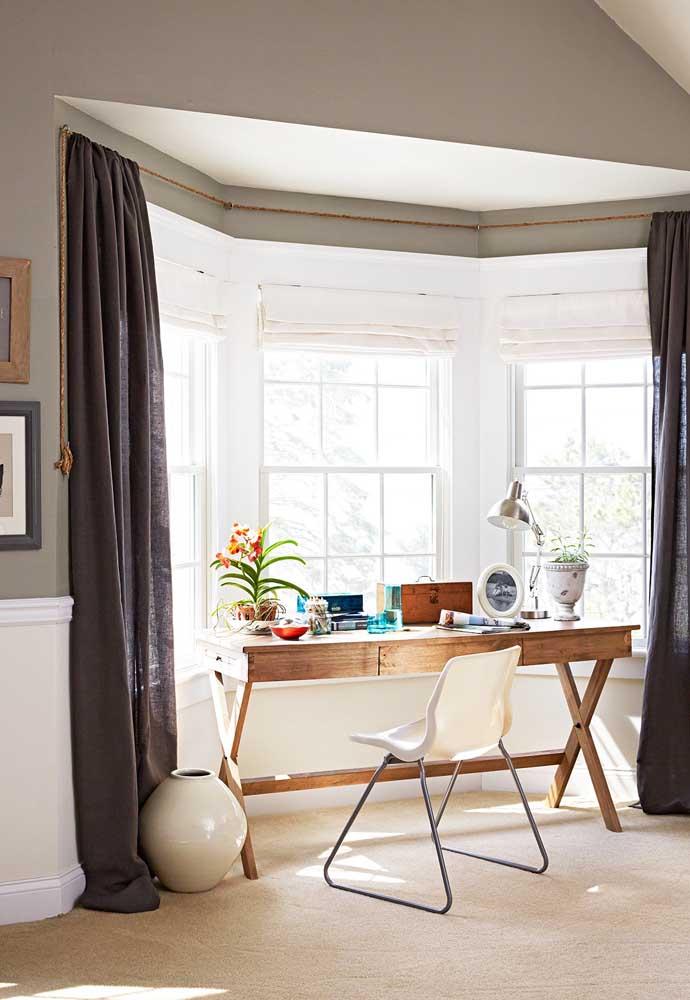 Bay Window no home office: trabalhar com luz natural é muito melhor!