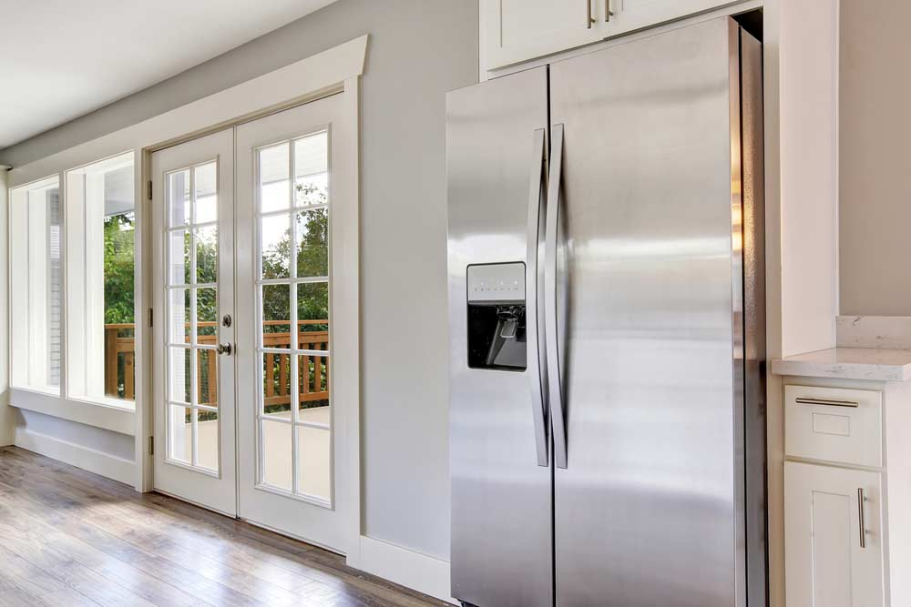 Como limpar geladeira de inox: conheça o passo a passo essencial