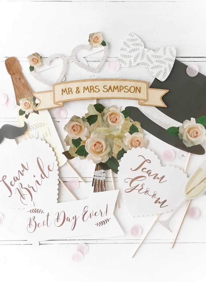 Plaquinhas de casamento em papel; os modelos mais fáceis de fazer