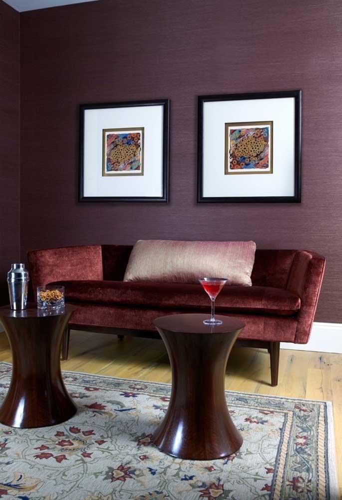 É incrível como os tons de roxo deixam o ambiente mais sofisticado, elegante e chique.