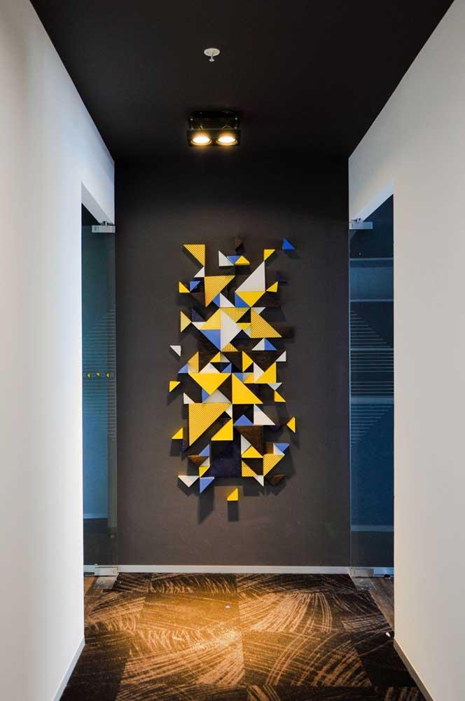 Marchetaria em cores modernas para a parede do corredor