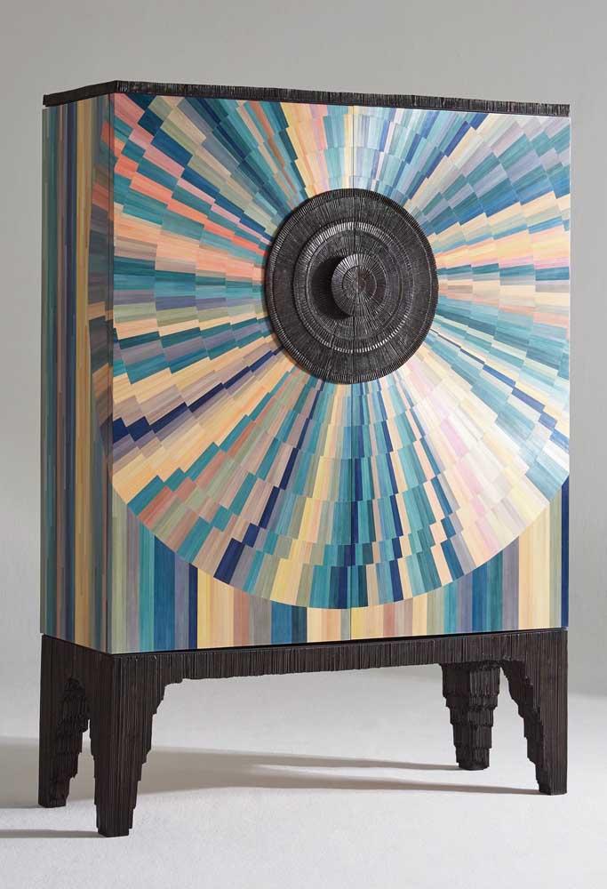 Muito mais do que um móvel, a marchetaria transforma as peças em obras de arte