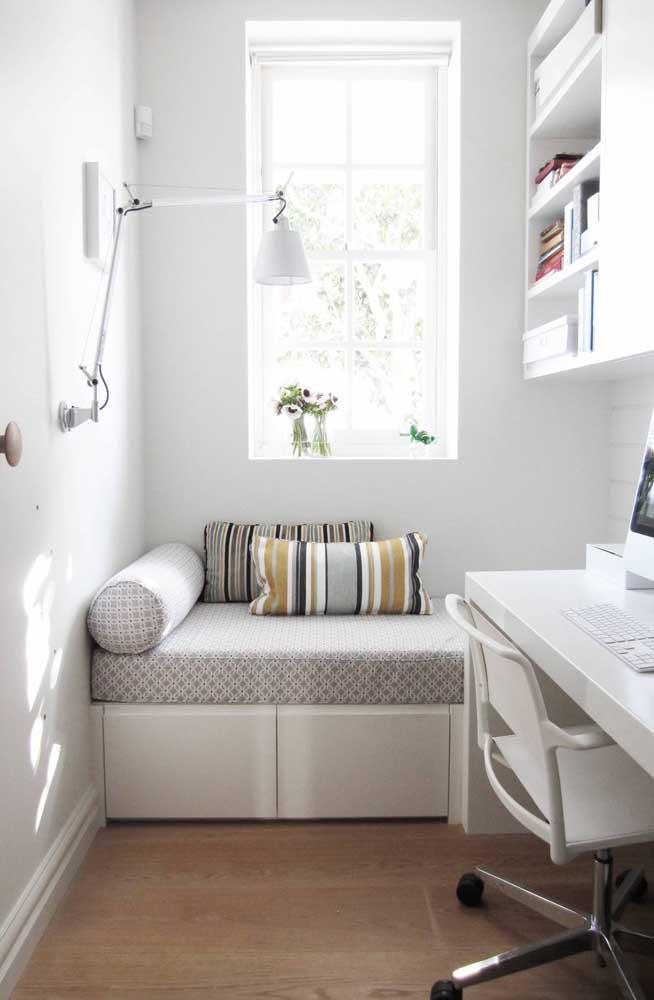 Para os ambientes em branco ficarem mais convidativos aposte em móveis confortáveis