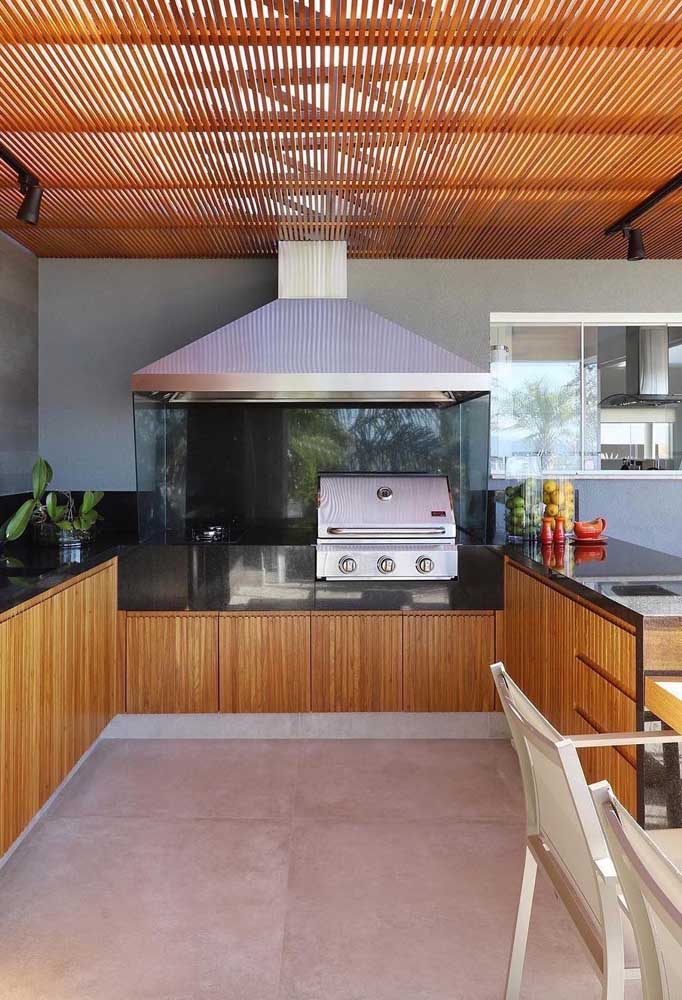 Churrasqueira elétrica pequena de bafo para a área externa da casa
