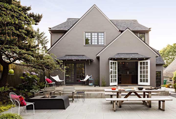 O piso de concreto se encaixa em uma variedade enorme de projetos de casas