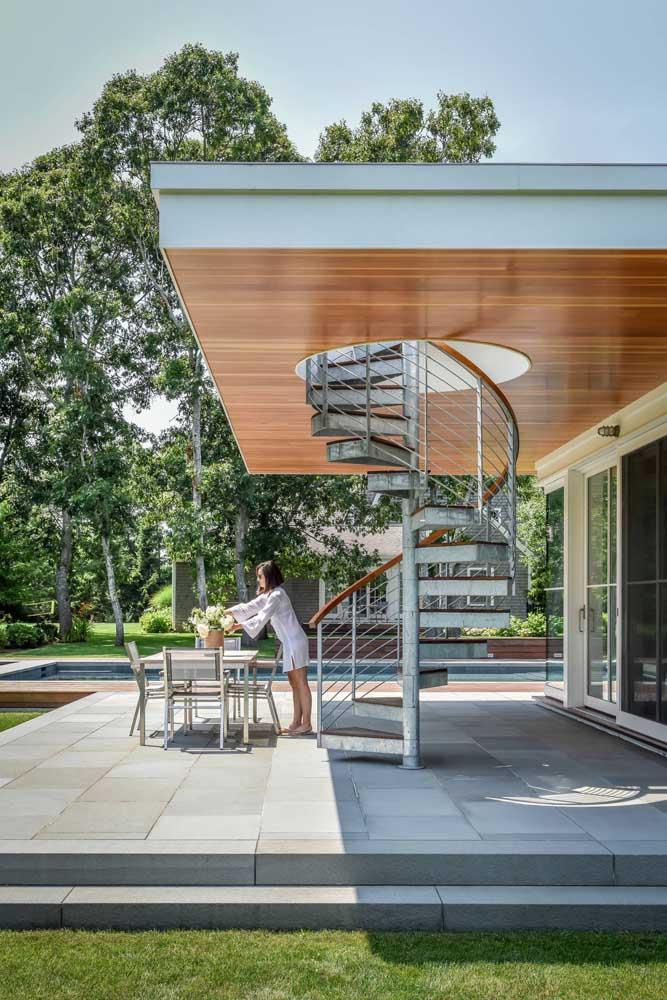 Piso para quintal de cerâmica cinza: uma opção neutra e moderna para qualquer estilo de casa
