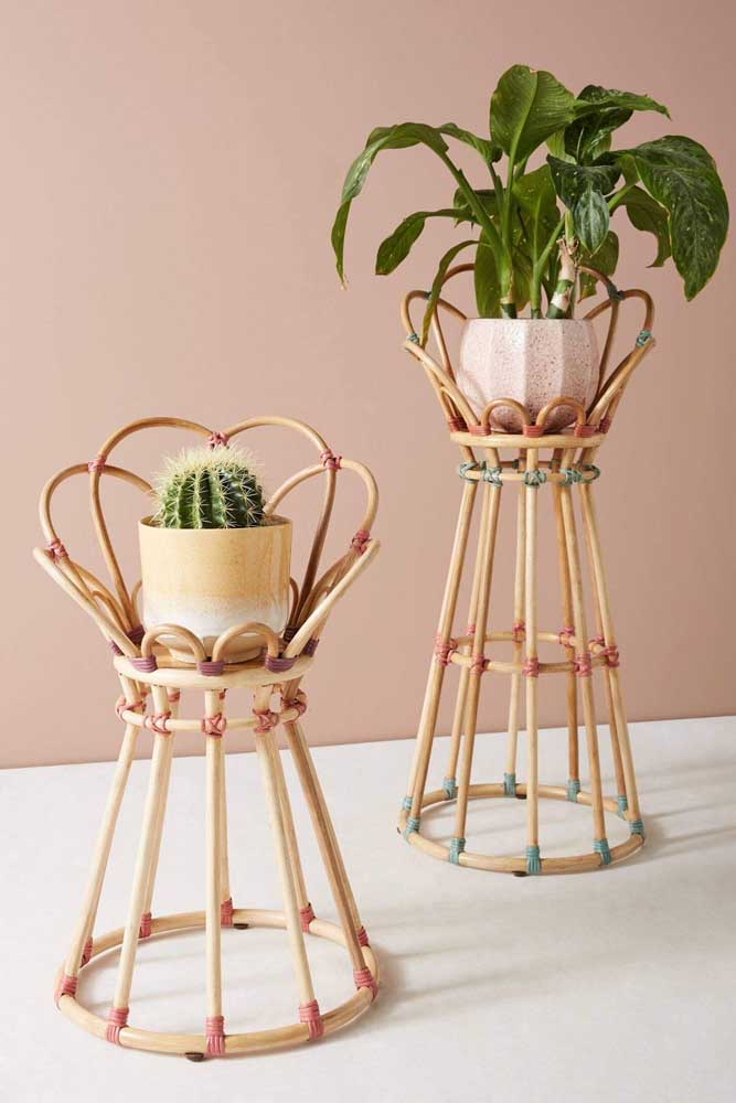Suportes de vaso em rattan: ideia original e inspiradora