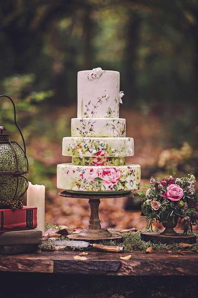 Olha como ficou lindo esse modelo de bolo fake para casamento. Delicado, suave e sofisticado.