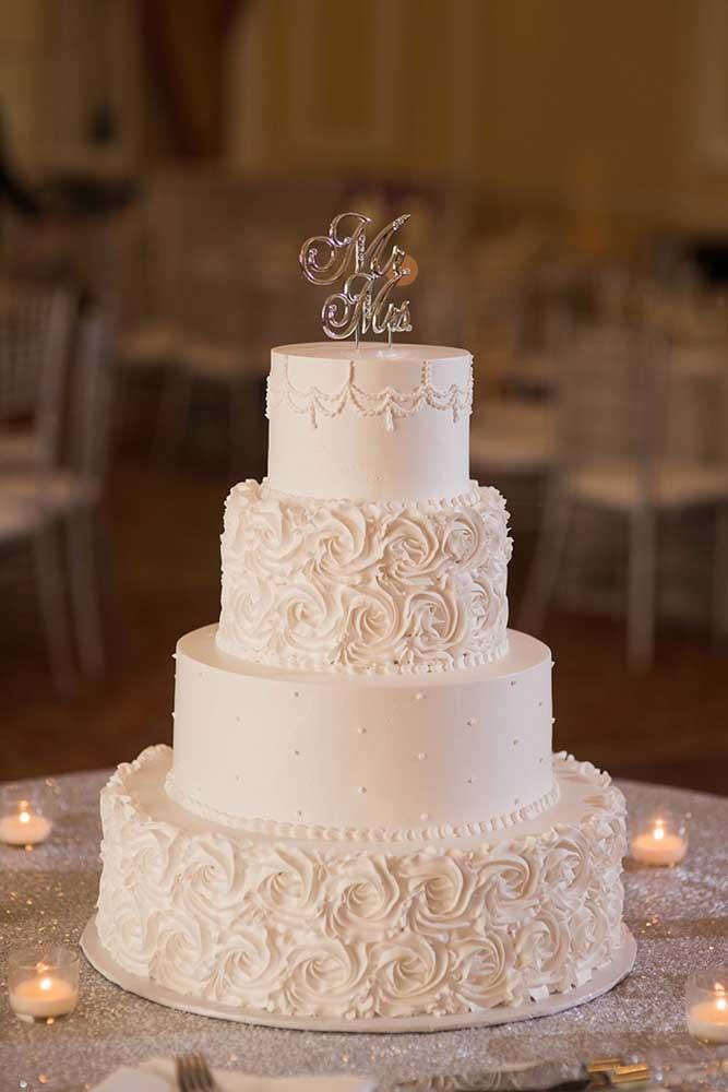 Mas a maioria das noivas prefere algo mais clássico e tradicional como esses modelos.